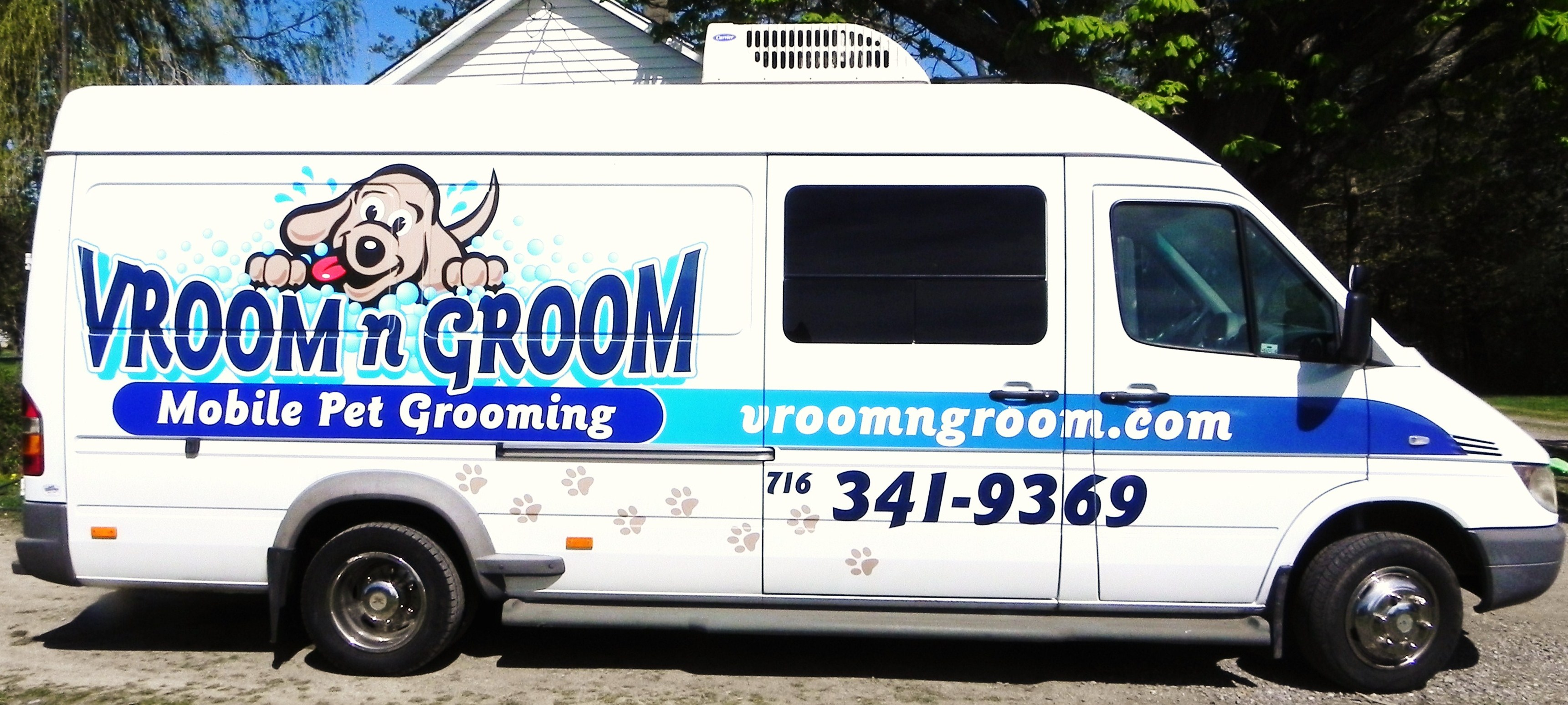 What is mobile pet grooming mobile dog grooming van it is professional grooming self contained solutioingenieria Image collections